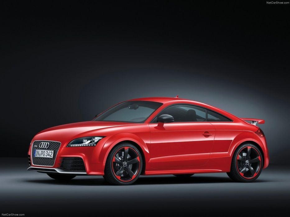 Audi TT RS plus 2013 wallpaper