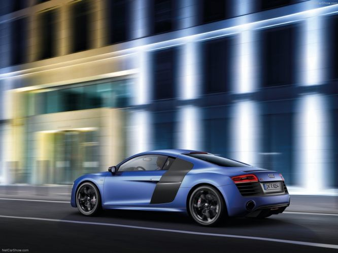 2013 Audi v10 wallpaper