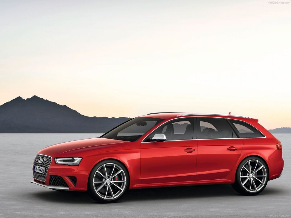 Audi RS4 Avant 2013 wallpaper