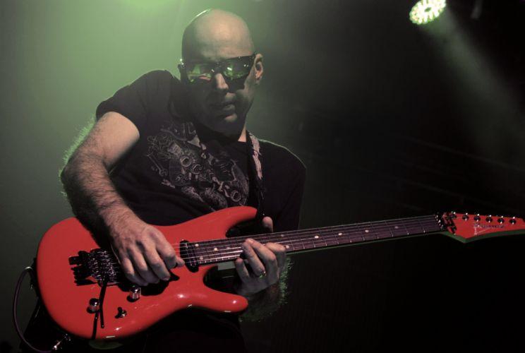 JOE SATRIANI instrumental rock hard heavy metal guitar concert wallpaper