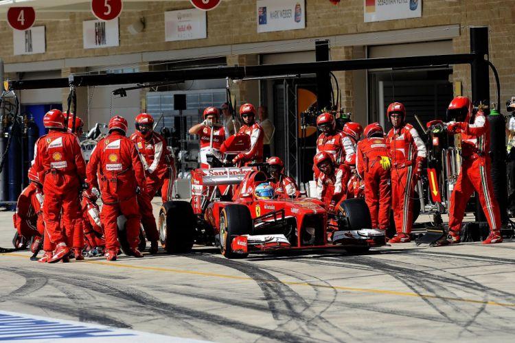 2013 f138 Ferrari Formula Race Racing scuderia ravitaillement stand wallpaper