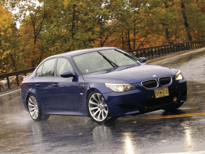 BMW M 5 2007 sedan wallpaper