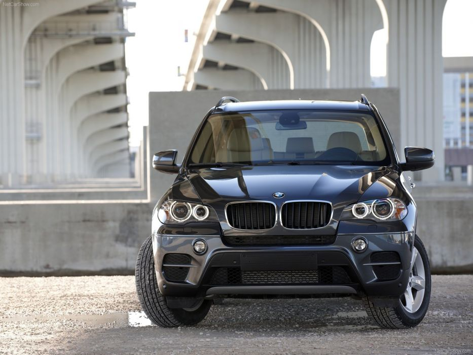 2011 BMW x 5 suv wallpaper
