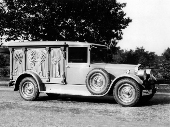1928 Cunningham Carved-Panel Hearse retro f wallpaper