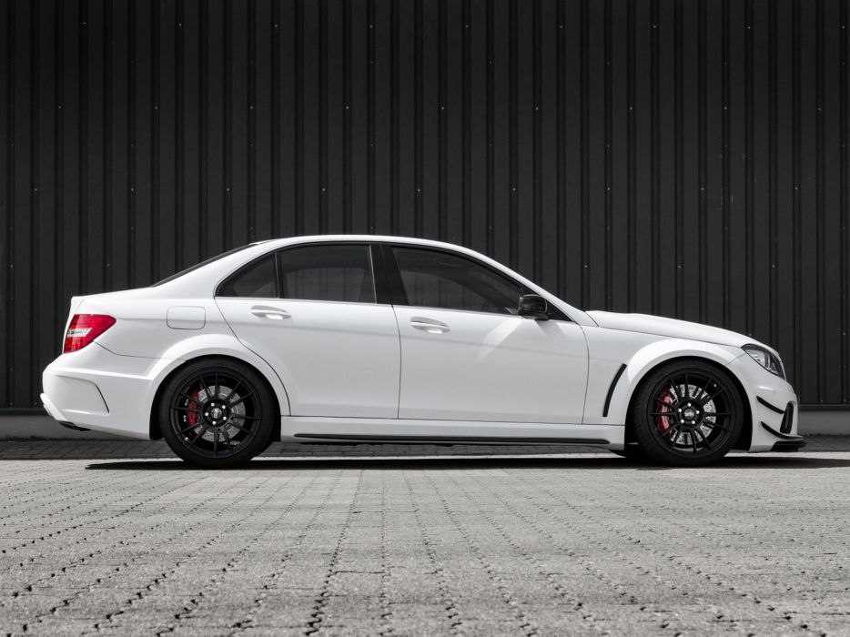 2014 Mcchip-DKR Mercedes Benz C63 AMG (W204) tuning g wallpaper