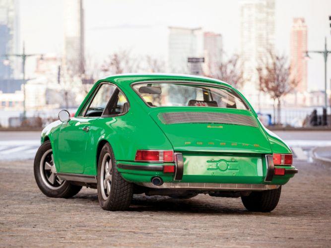 1969-71 Porsche 911E Coupe (918) classic wallpaper