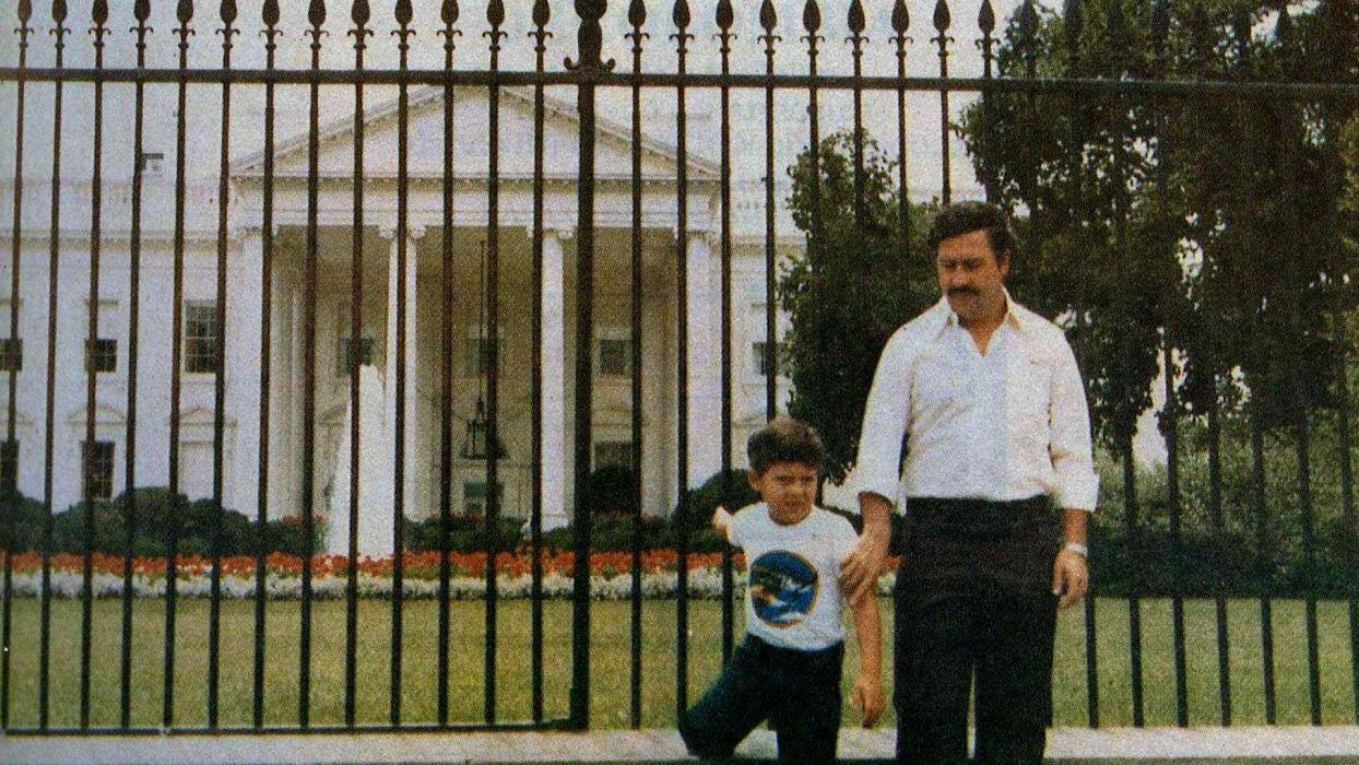 Pablo Escobar and Son White House wallpaper