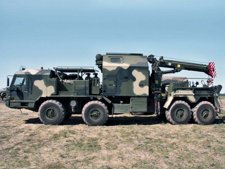 SEM-CC chassis BZKT 6910 military emergency towtruck russian semi tractor f wallpaper