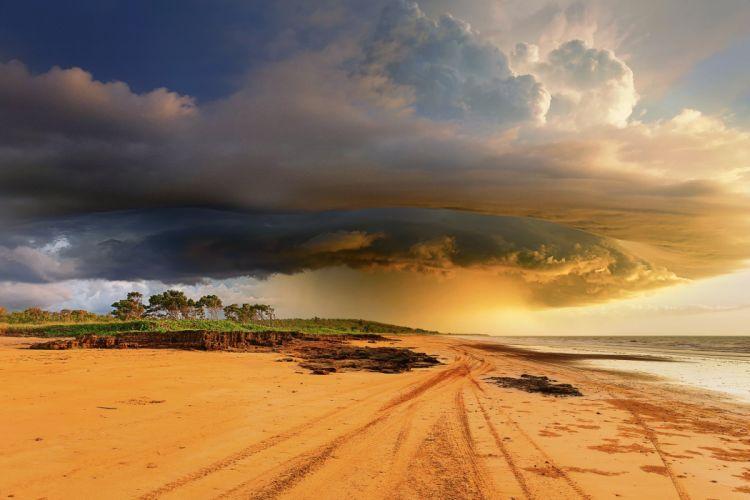 tropical storm clouds australia wallpaper