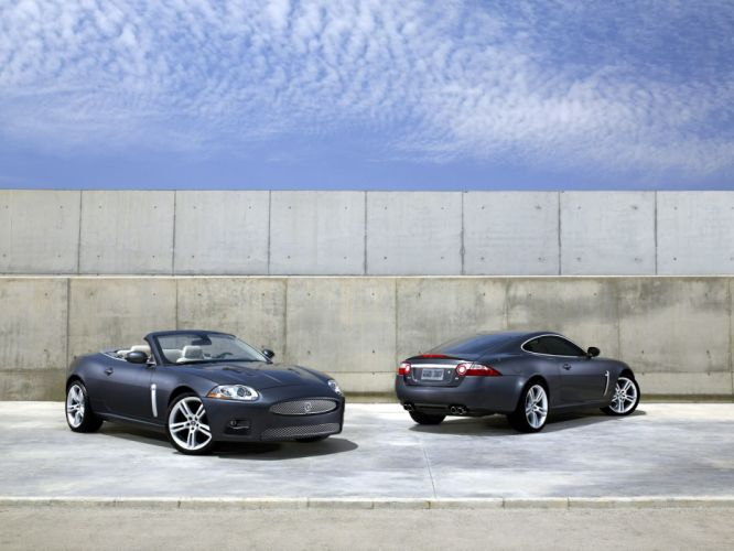 Jaguar XK R wallpaper