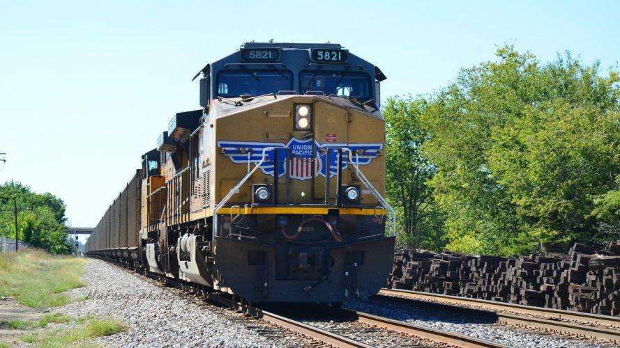 train railroad trains engine locomotive wallpaper