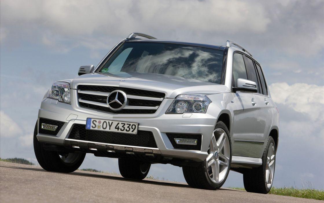 Mercedes Benz GLK250 wallpaper