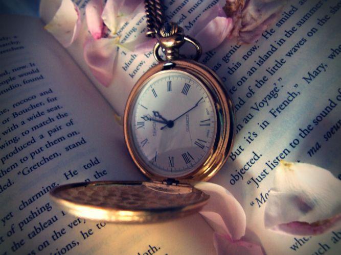 Love is a time watch bokeh mood wallpaper