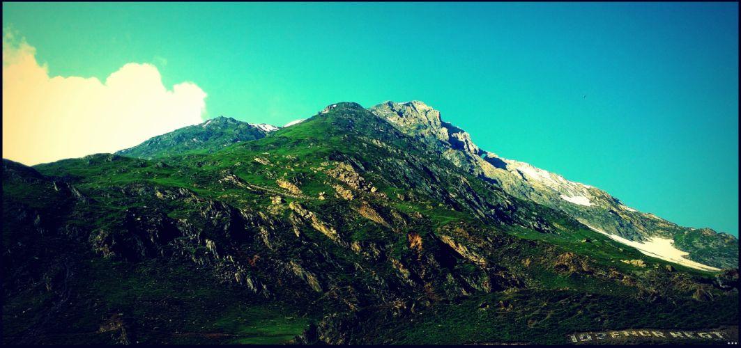 hills himalya wallpaper