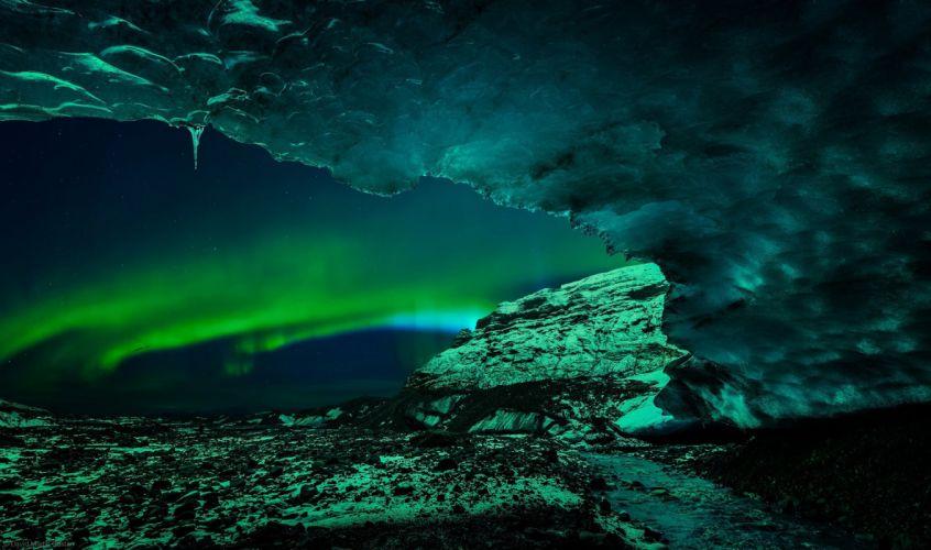 Lights ice cave wallpaper
