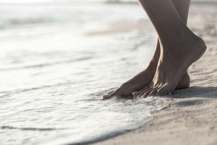 tide sand feet bracelet mood beach wallpaper