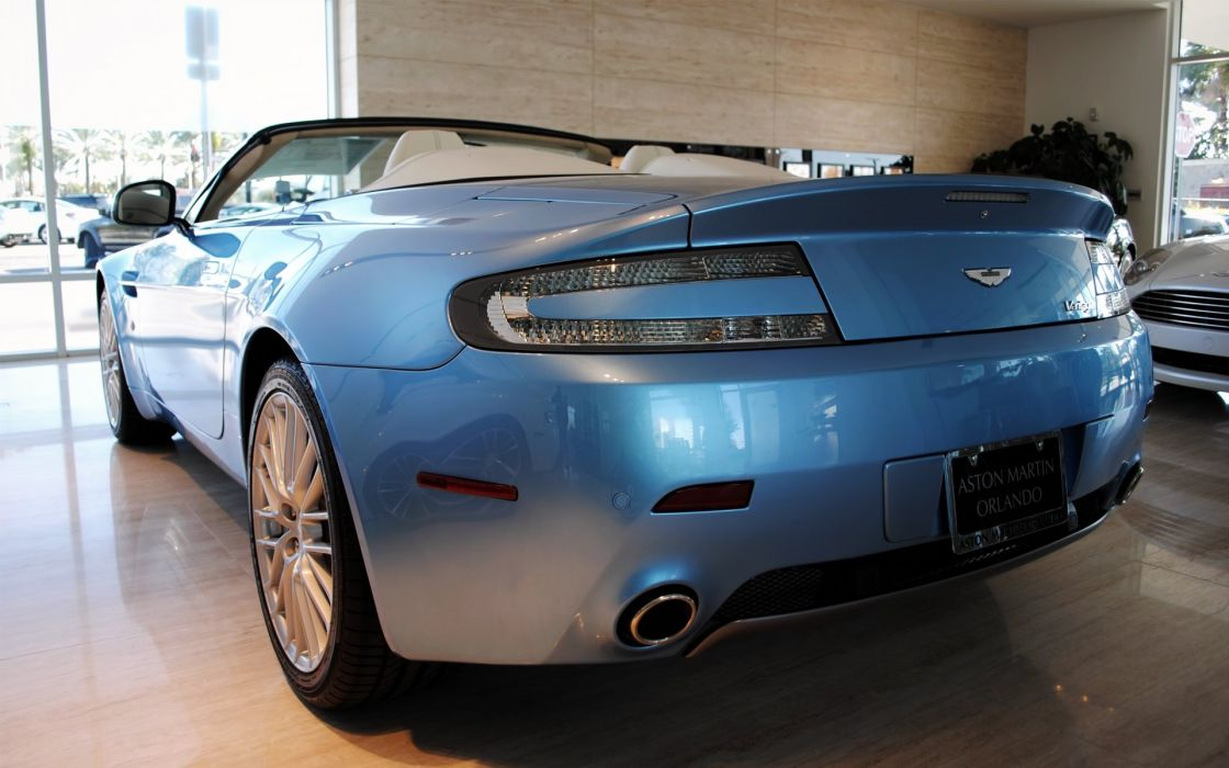 Aston Martin Vantage Roadster Back wallpaper