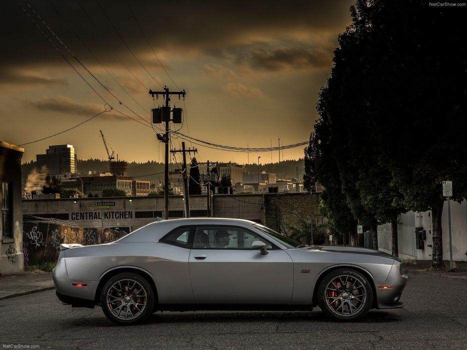 2015 Dodge Challenger SRT wallpaper