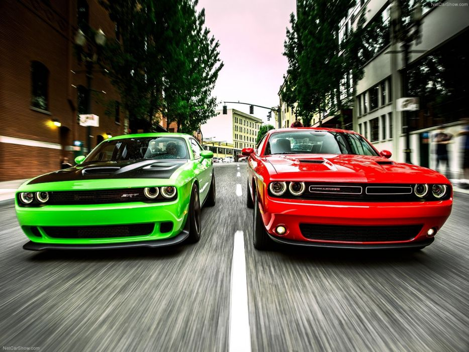 Dodge Challenger SRT Hellcat 2015 wallpaper