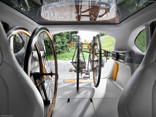 2013 BMW Active Tourer Outdoor Concept wallpaper