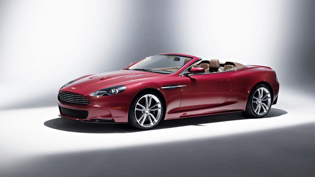 Aston Martin DBS V12 wallpaper