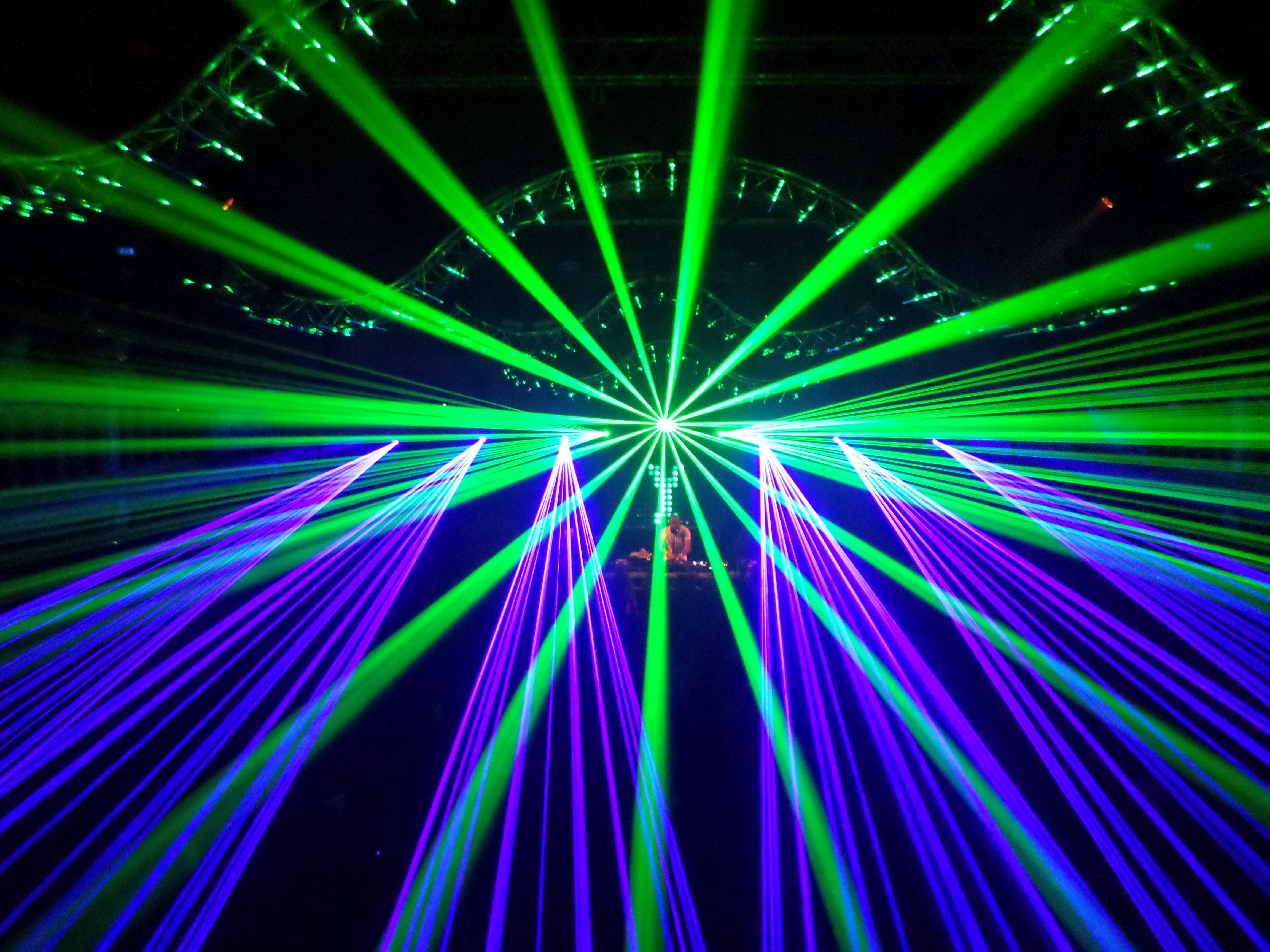 laser show party wallpaper - photo #1