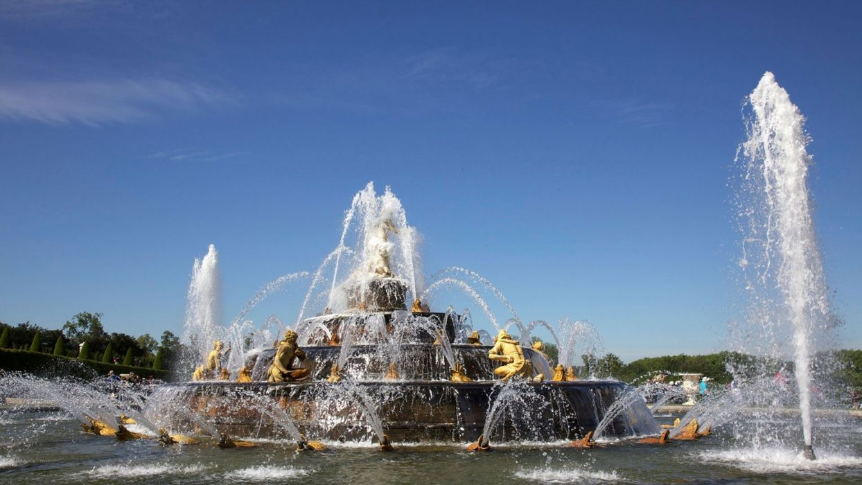 CHATEAU de VERSAILLES palace france french building fountain wallpaper