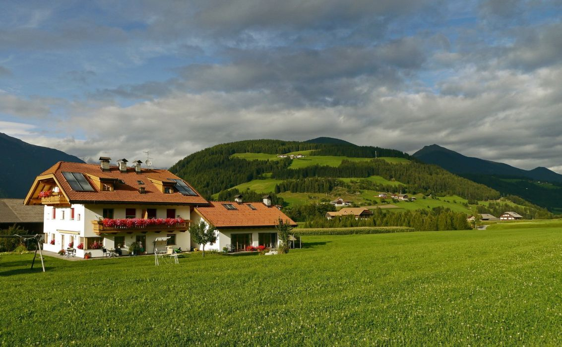 Mountains home lug italy grass Valdaora wallpaper