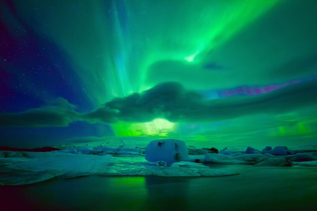 stars clouds sky nighttime northern lights wallpaper