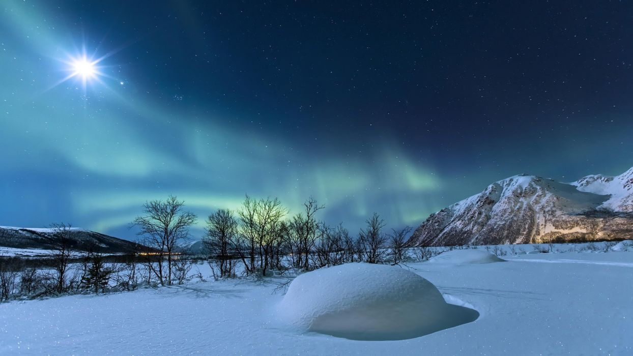 Norway Snow Winter Night Mountains Northern Lights Stars Wallpaper