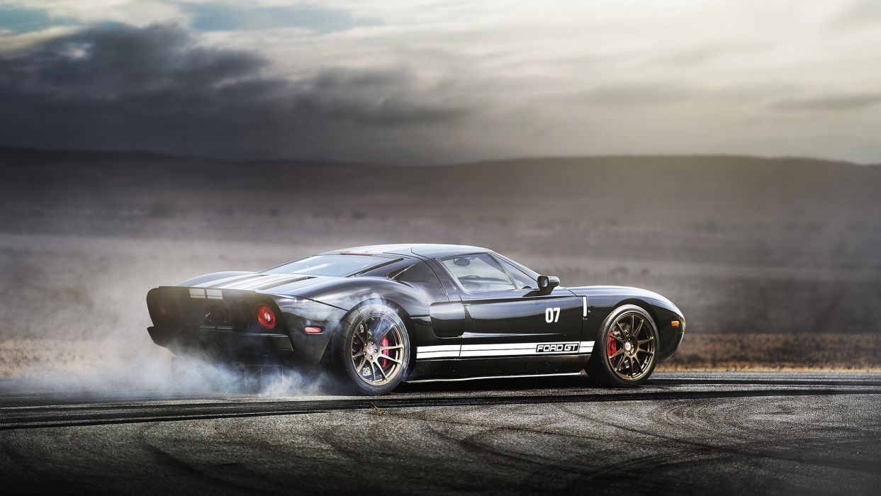 Supercar Ford G T Burnout Wallpaper