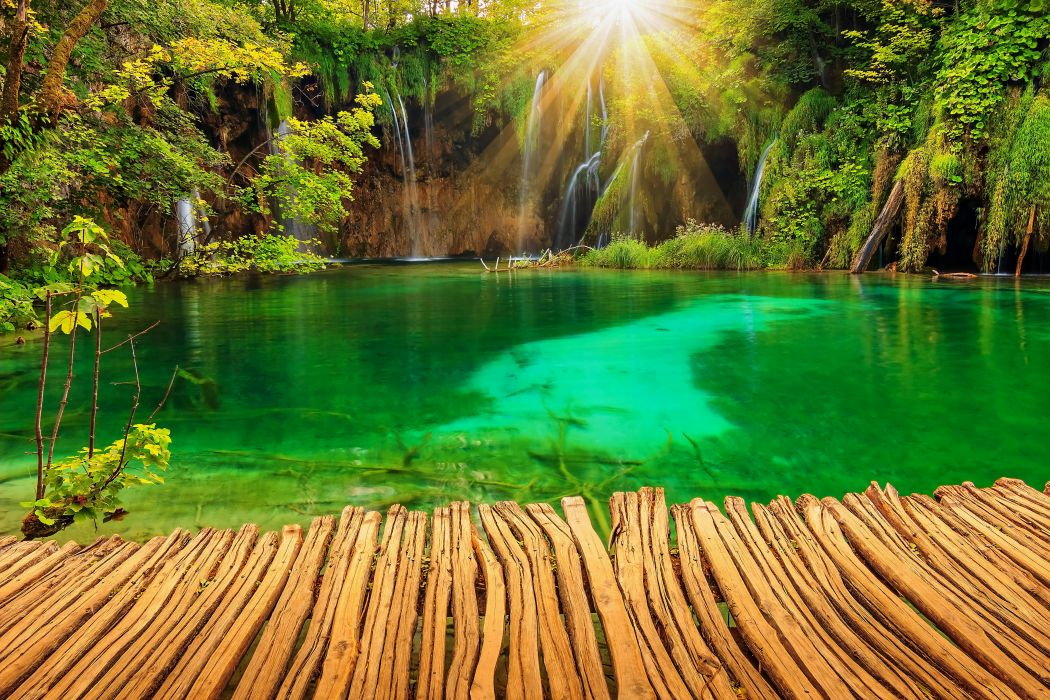 Croatia Parks Lake Waterfall Plitvice Rays of light Nature garden wallpaper
