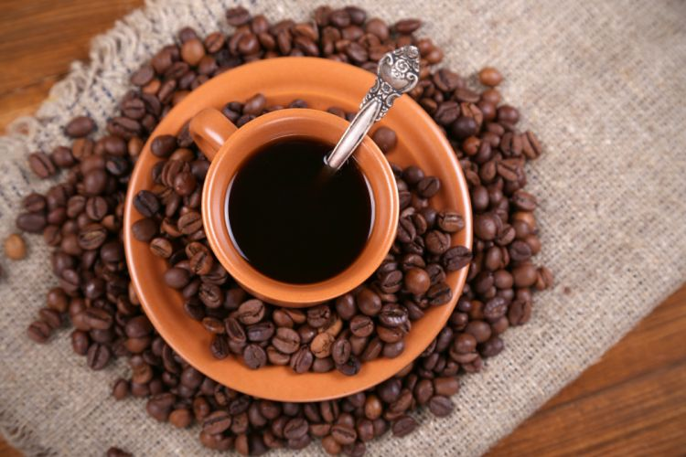 coffee beans cup bed saucer wallpaper