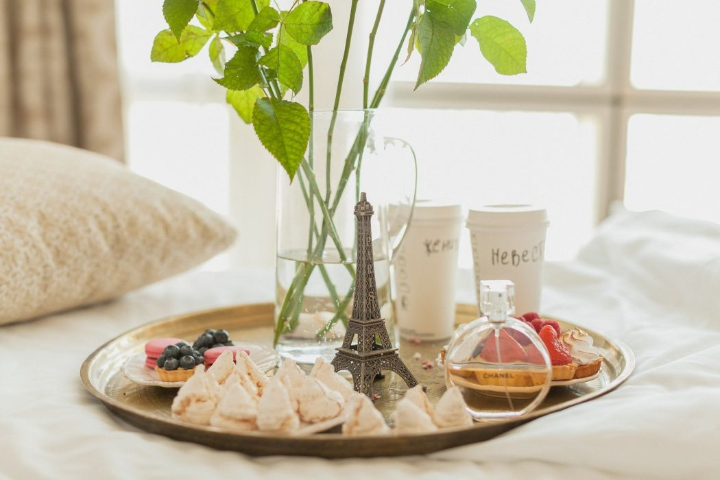 morning breakfast Paris cookies cake decanter tray pillow box sweets dessert wallpaper