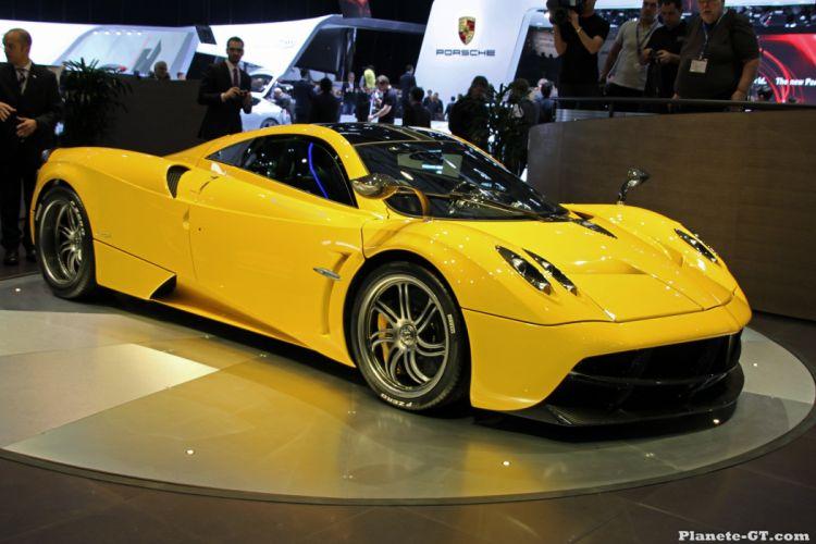 cars Huayra Italia Pagani supercars jaune yellow giallo wallpaper