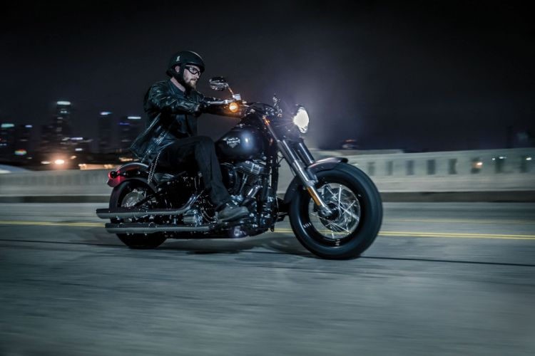 2015 Harley Davidson FLS Softail Slim ds wallpaper