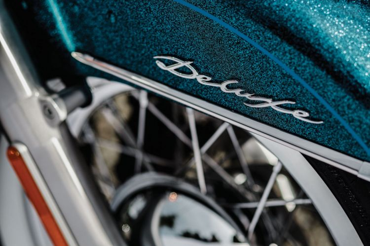 2015 Harley Davidson FLSTN Softail Deluxe d wallpaper