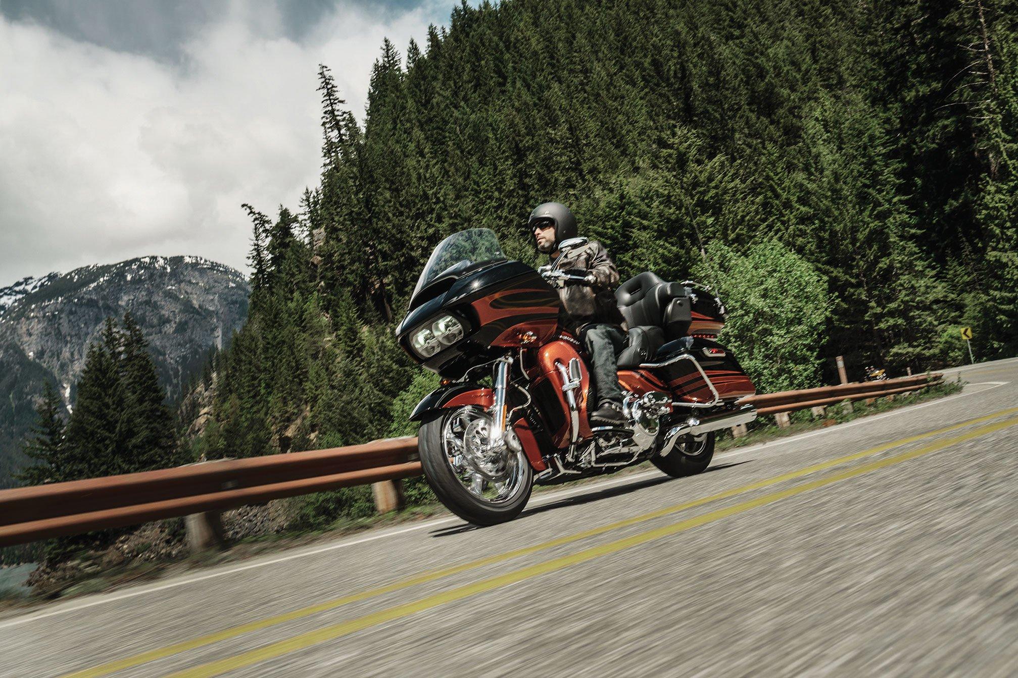 2015 Harley Davidson FLTRUSE CVO Road Glide Ultra F
