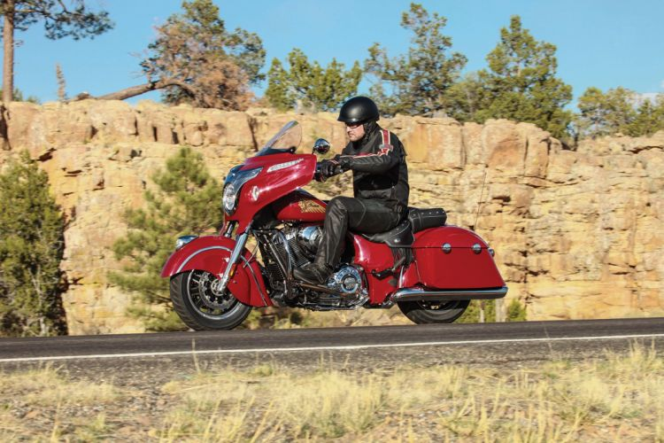 2015 Indian Chieftain w wallpaper