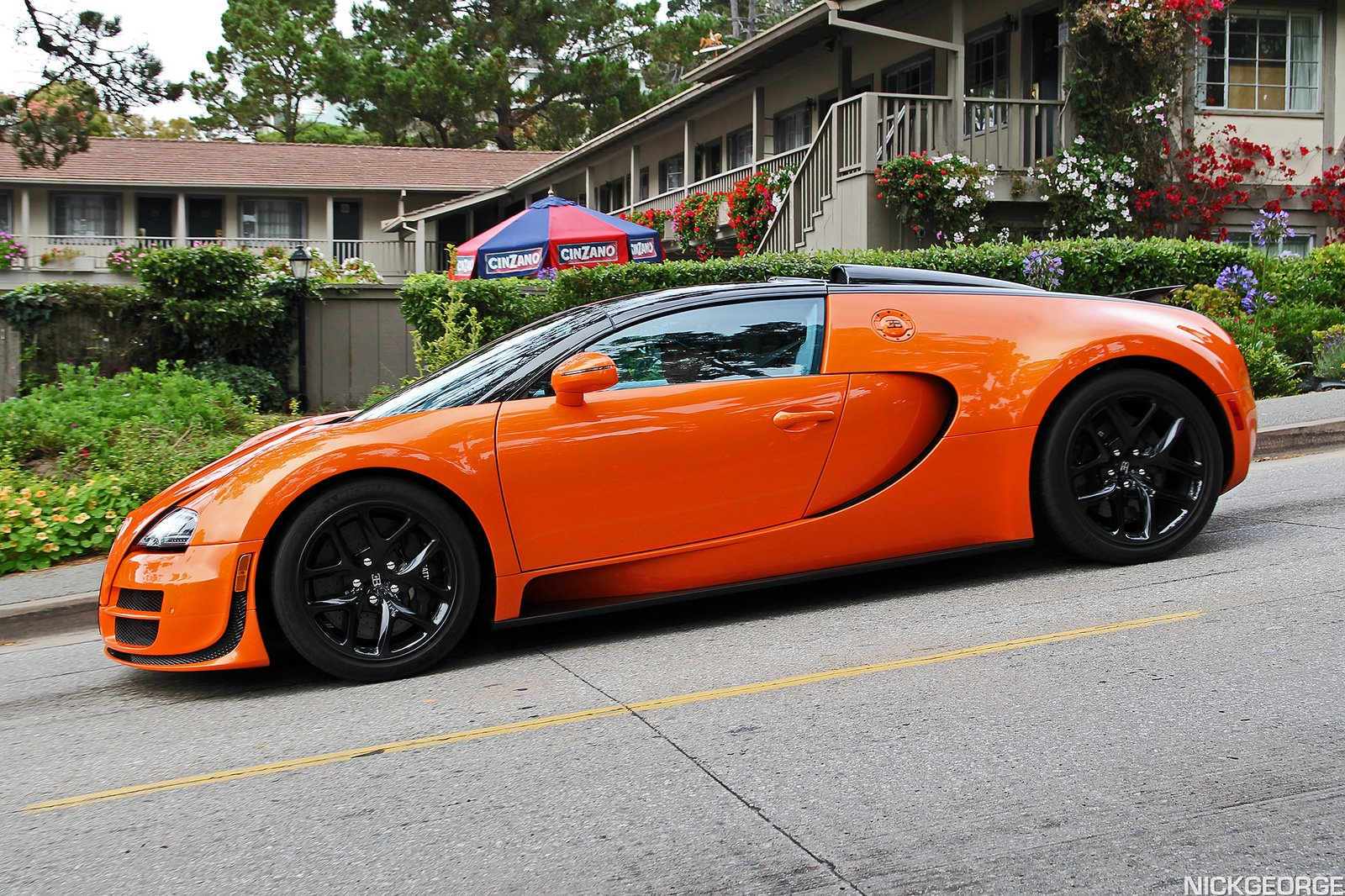 bugatti exotic supercars veyron orange wallpaper 1600x1066 432401 wallpaperup. Black Bedroom Furniture Sets. Home Design Ideas