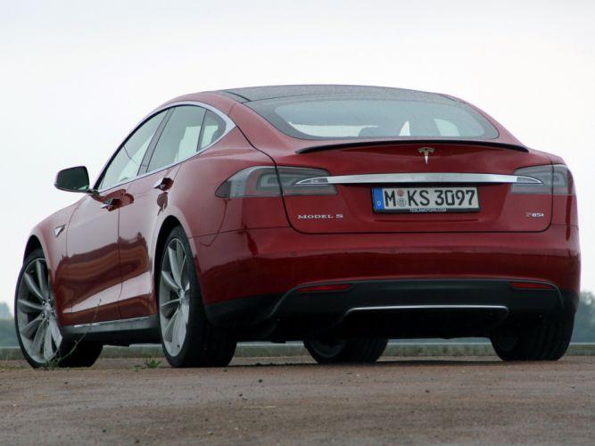 2013 Tesla Model-S P85 electric wallpaper