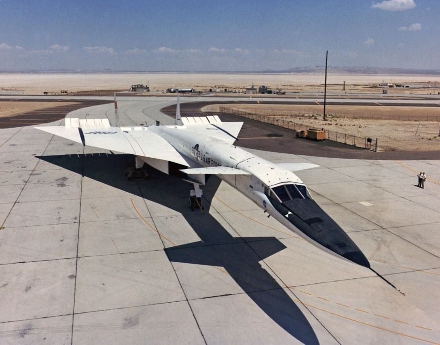 North American XB-70 Valkyrie bomber usa jet aircrafts army supersonic prototype wallpaper