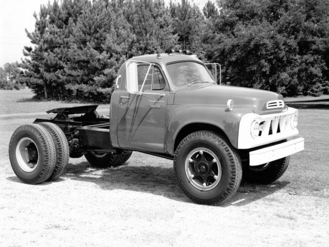 1962 Studebaker 7E35 Diesel Tractor Truck semickassic transport wallpaper
