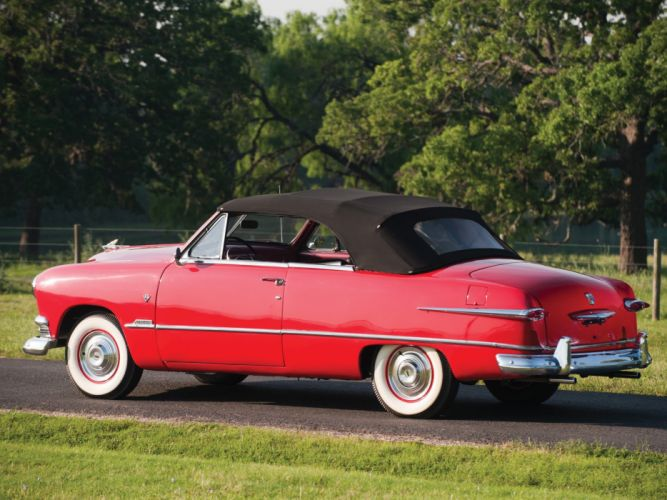 1951 Ford Custom Deluxe Convertible (1BA-76) retro wallpaper