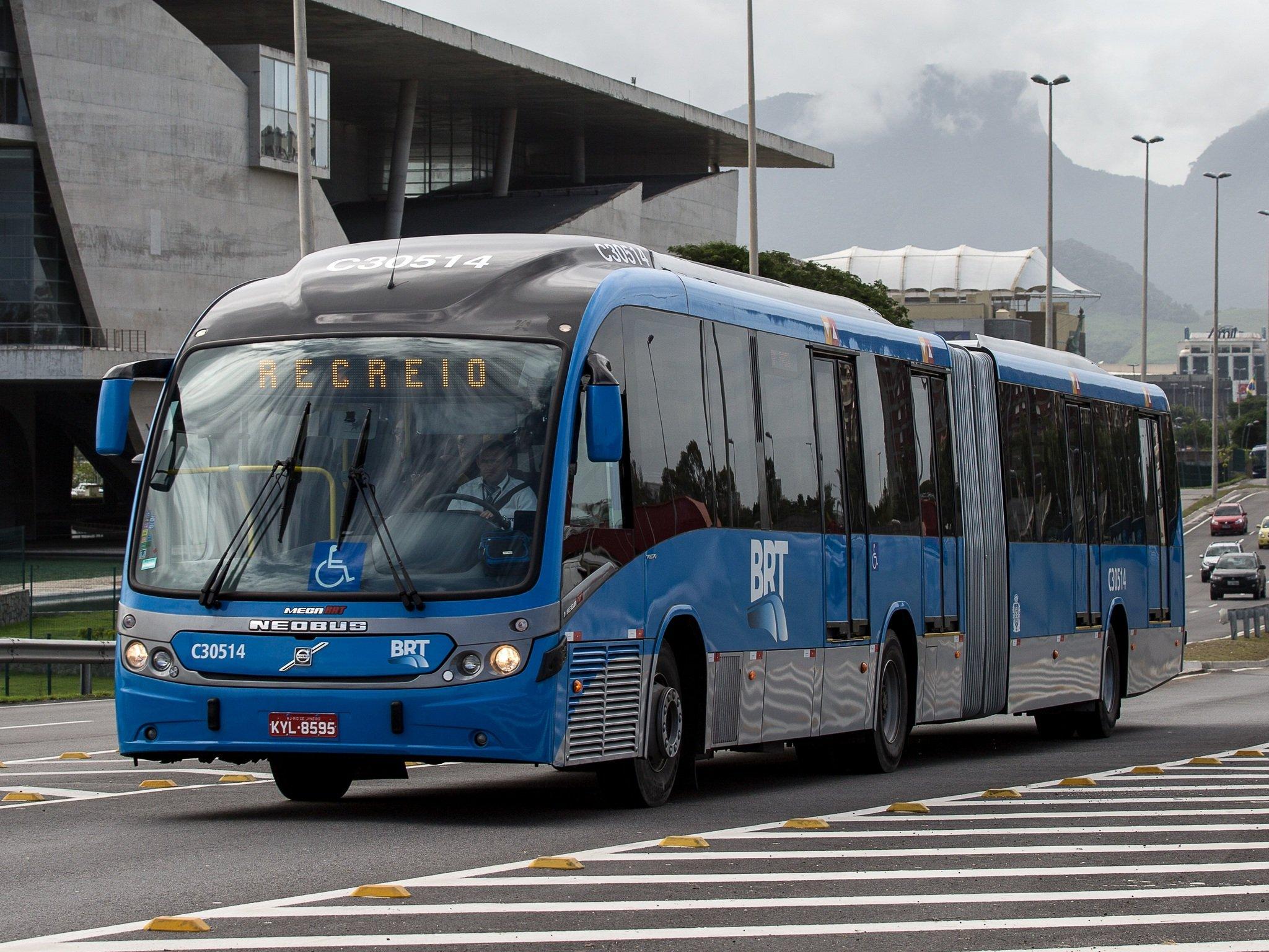 Volvo Bus Wallpaper Trucks Wallpapersafari B12m Wiring Diagram Download