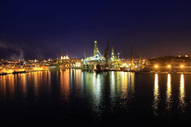 Malta River House Marina Floriana Night Cities reflection wallpaper