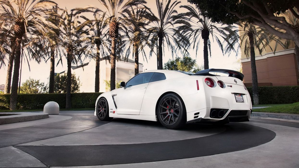 Nissan skyline gtr r35 car white wallpaper