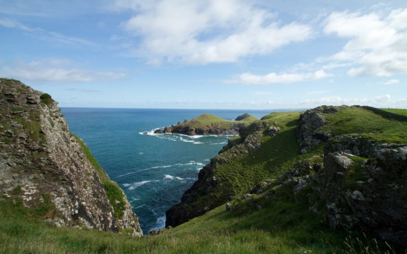 sea nature rocks stones green sky blue wallpaper