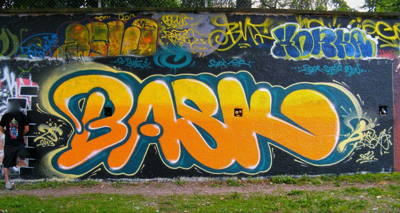 Wall painting Graphiti tags art wallpaper