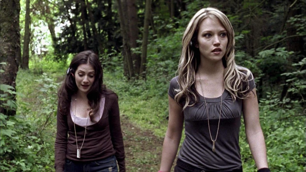 WRONG TURN horror thriller monster dark wallpaper